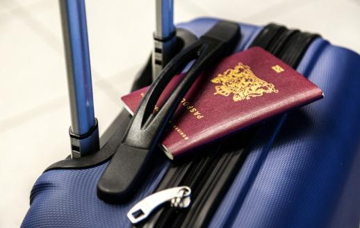 Valise avec passeport